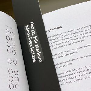 Bokmärke med citat i boken Starkare